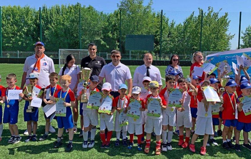 Участники и почетные гости турнира «Кубок героев»