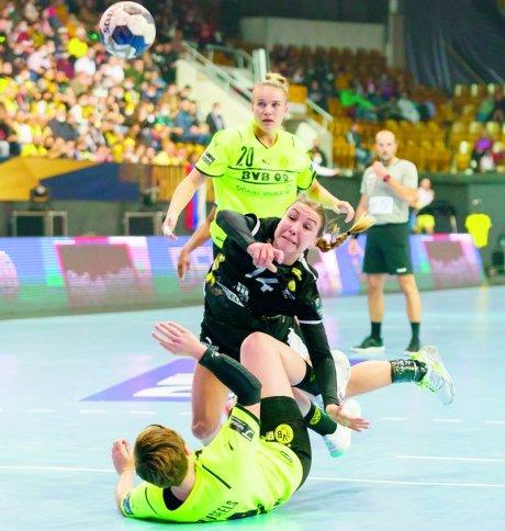 «Ростов-Дон» и «Боруссия» на двоих забросили 64 мяча