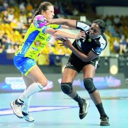 Разыгрывающая «Ростов-Дона» Грас Заади (справа) блестяще сыграла против своего бывшего клуба «Меца»
